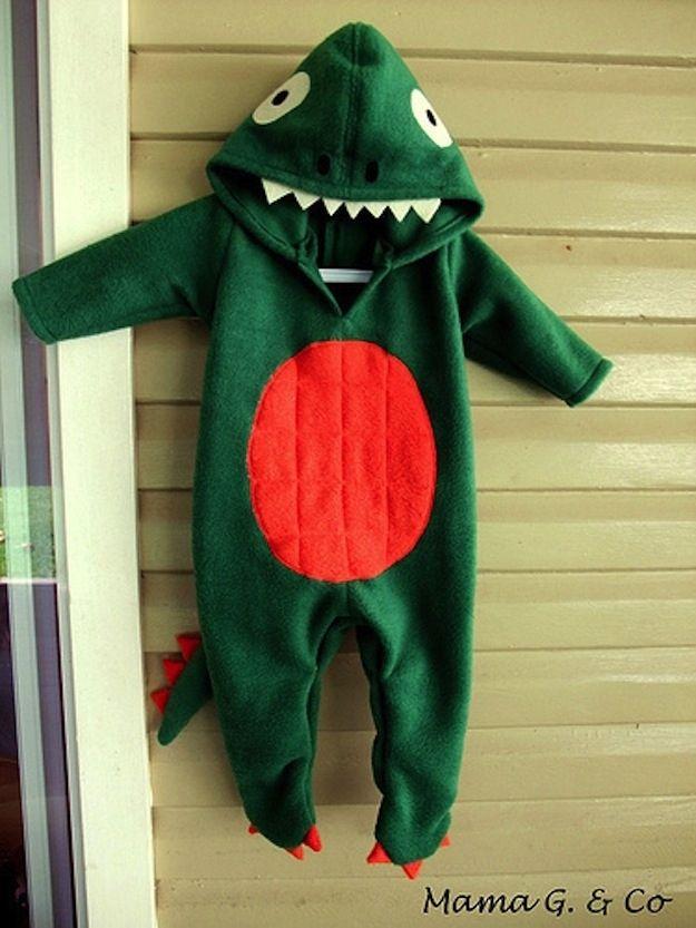 Pijama bebé dinosaurio